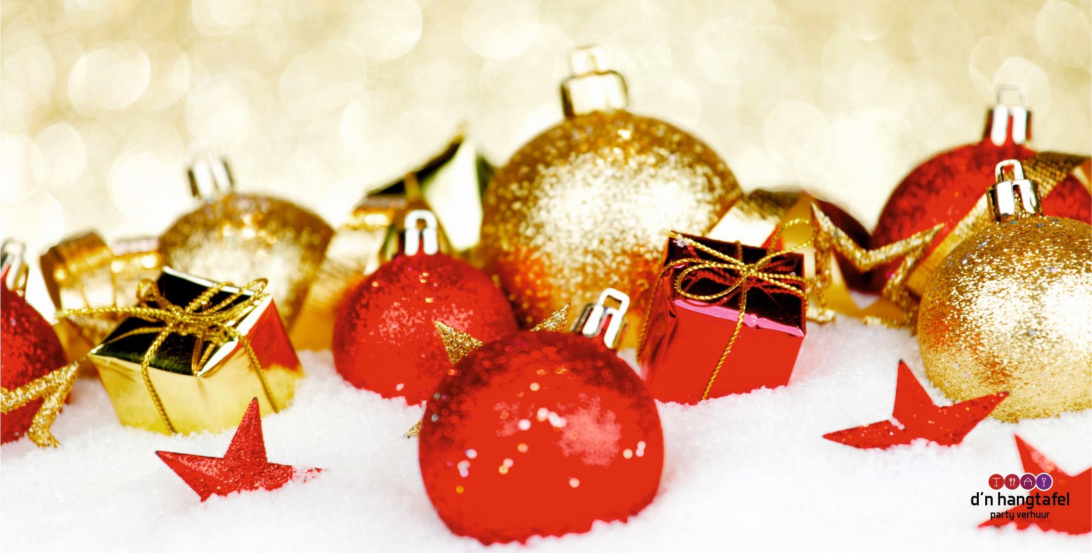 Bouwhek met kerst thema doek (kerstballen met sneeuw)